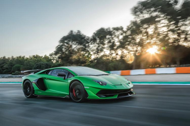 Lamborghini ban gan 2.500 xe trong quy I/2021, Urus ban chay nhat-Hinh-2