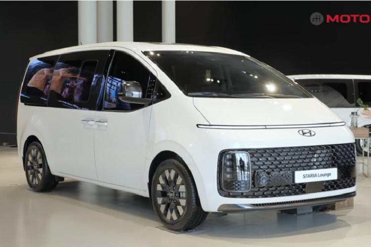 Kham pha tung chi tiet cua MPV Hyundai Staria ban 9 va 11 cho ngoi-Hinh-6