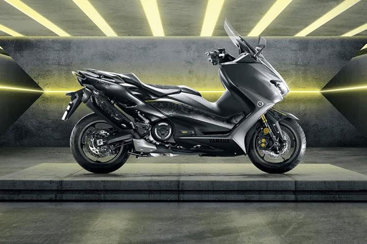 Yamaha TMax 2021 hon 300 trieu tai Viet Nam,