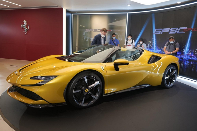 "Ferrari SF90 Spider hon 26 ty o Hong Kong, dai gia Viet ""phat them""-Hinh-10"