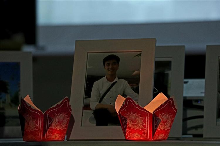 Chu tich nuoc truy tang Huan chuong Dung cam cho sinh vien cuu nguoi duoi nuoc-Hinh-2