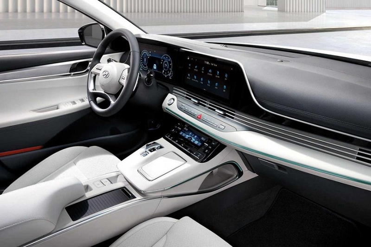 Chi tiet Hyundai Grandeur 2021 hang sang moi, tu 649 trieu dong-Hinh-2