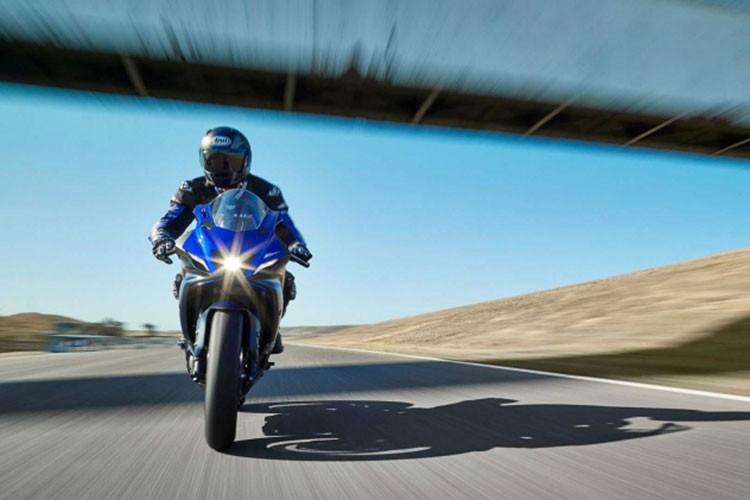 "Yamaha R7 2021 se khien Kawasaki Ninja 650 phai ""ho then""-Hinh-4"
