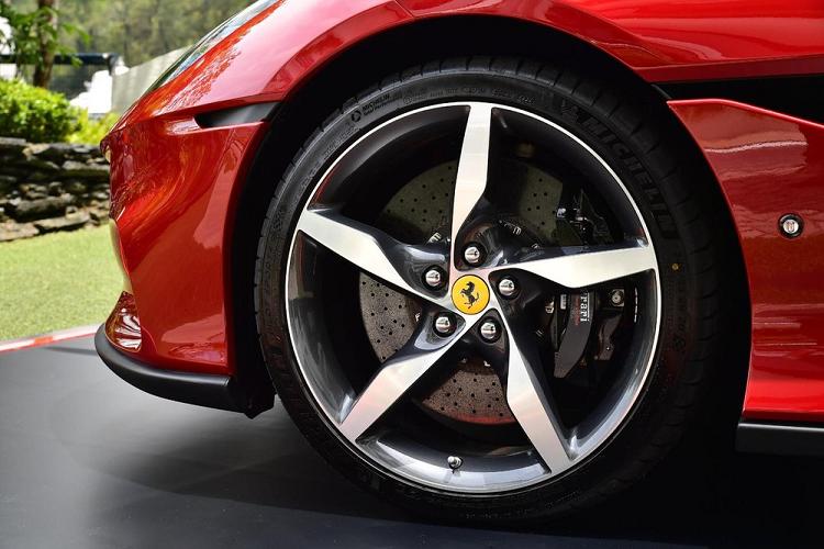 Ferrari Portofino M mui tran chi tu 5,21 ty dong tai Hong Kong-Hinh-4