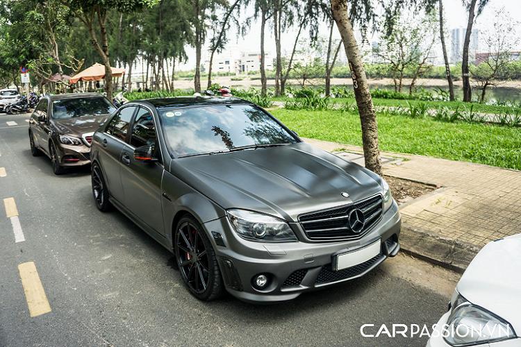 Mercedes-Benz C63 AMG W204 -