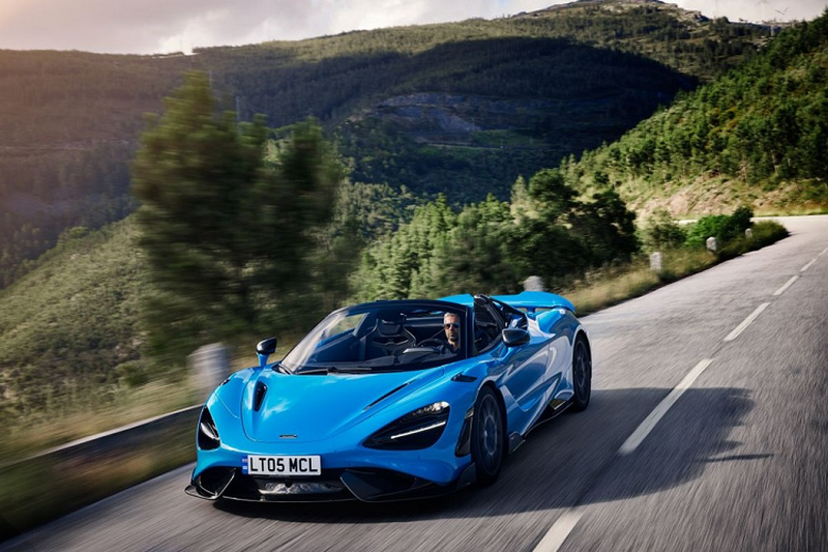 McLaren 765LT Spider chi can 2,8 giay de dat moc 100km/h
