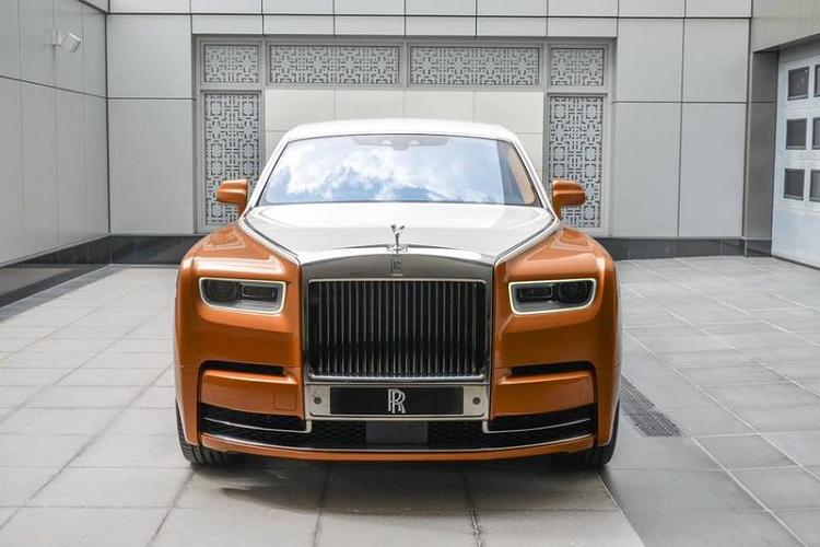 Rolls-Royce Phantom trieu do dac biet nay sap ve tay dai gia Viet-Hinh-6