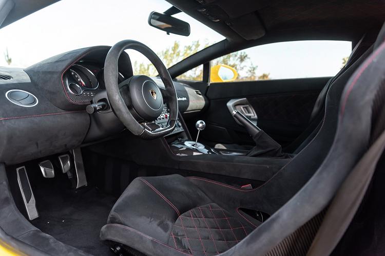 Sieu xe Lamborghini Gallardo so san 240.000 USD, dat hon Huracan-Hinh-8