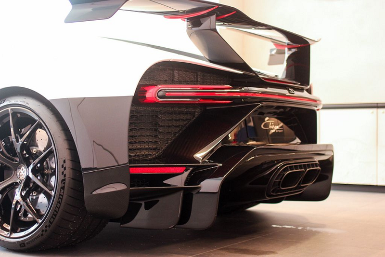 Bugatti Chiron Pur Sport dau tien tai Dong Nam A, gan 260 ty dong-Hinh-10