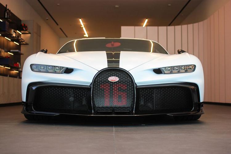 Bugatti Chiron Pur Sport dau tien tai Dong Nam A, gan 260 ty dong-Hinh-2