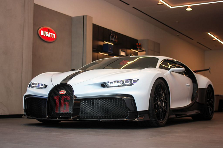 Bugatti Chiron Pur Sport dau tien tai Dong Nam A, gan 260 ty dong