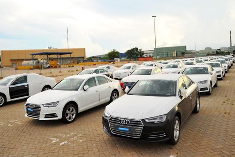 Audi Viet Nam de nghi giam 50% phi truoc ba cho xe nhap khau