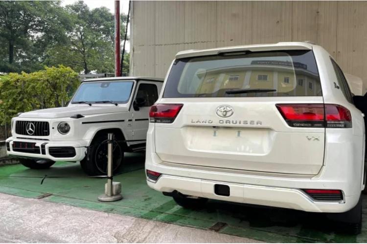 Toyota Land Cruiser 2022 nhap Trung Dong ve Viet Nam, hon 6 ty-Hinh-8
