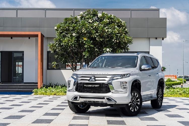 Mitsubishi Pajero Sport dang duoc dai ly giam toi 120 trieu dong