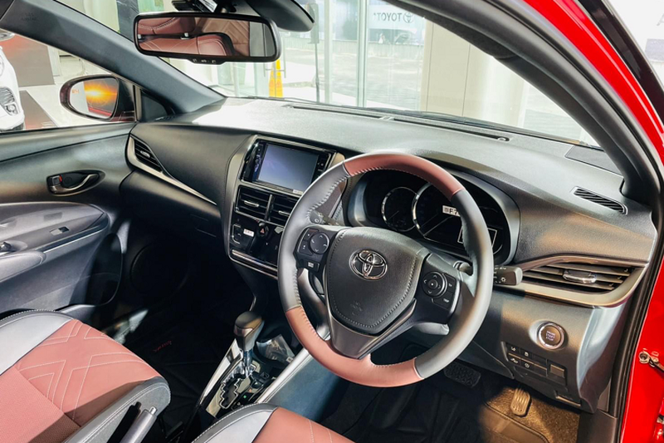 Toyota Yaris X-Urban 2022 - crossover nang dong tu 419 trieu dong-Hinh-5