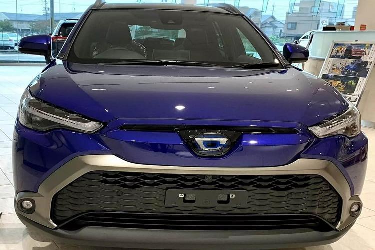 """Toyota Cross 2021 """"bang xuong, bang thit"""" hon 400 trieu dong o Nhat-Hinh-3"""