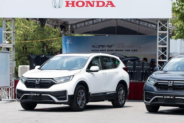 "Honda CR-V giam gia ""huy diet"", toi 200 trieu dong tai dai ly"