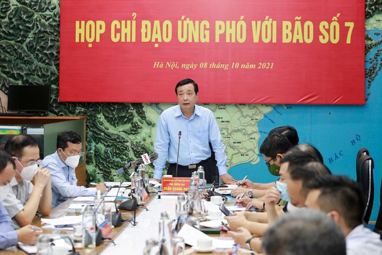 Huy dong 60.000 can bo, chien si cong an ung pho voi bao so 7-Hinh-2