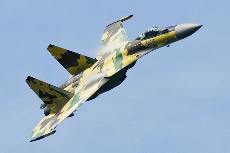 Nga phu nhan viec ban tiem kich Su-35S cho Pakistan