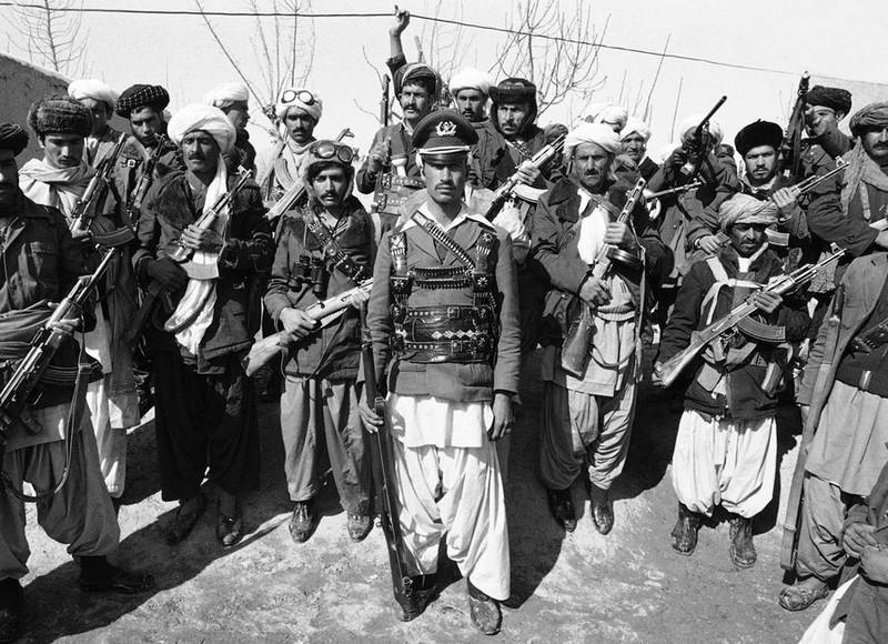 Vu khi Hong quan Lien Xo huy hoang va bi trang o Afghanistan-Hinh-4
