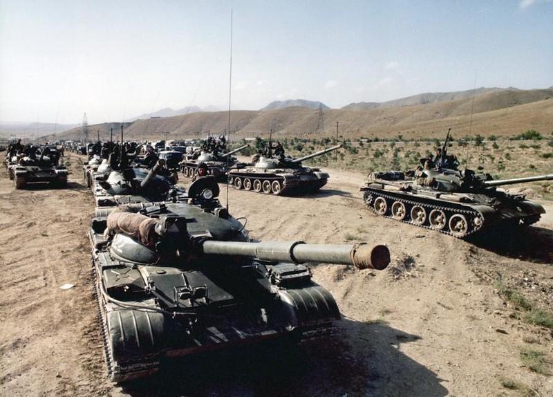 Vu khi Hong quan Lien Xo huy hoang va bi trang o Afghanistan-Hinh-7