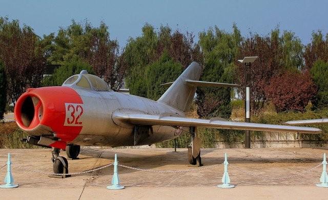 "Giai ma gay ""soc"" chiec F-86 dau tien roi vao tay Lien Xo-Hinh-2"
