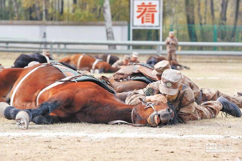 La chua: The ky 21, quan doi Trung Quoc van to chuc ky binh-Hinh-8