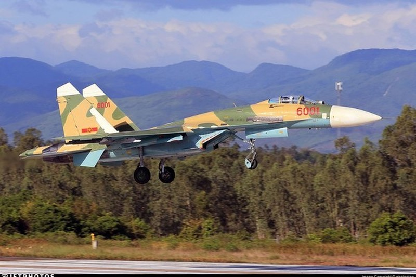 Chuyen chua biet ve tiem kich Su-27 hien dai nhat Viet Nam mot thoi-Hinh-10