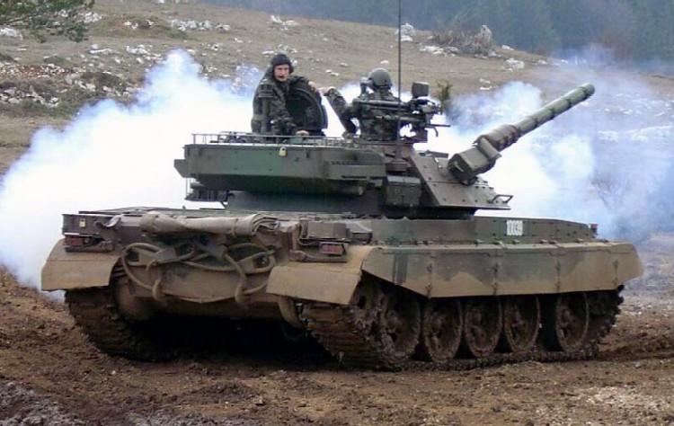 Vi sao Viet Nam khong tiep tuc nho Israel nang cap xe tang T-54/55?-Hinh-4