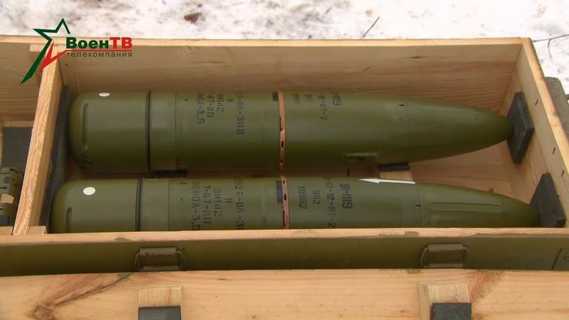 Xe tang T-90S/SK Viet Nam ha duoc ca truc thang nho vu khi nay-Hinh-10