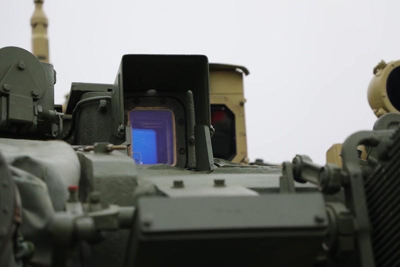 Xe tang T-90S/SK Viet Nam ha duoc ca truc thang nho vu khi nay-Hinh-11