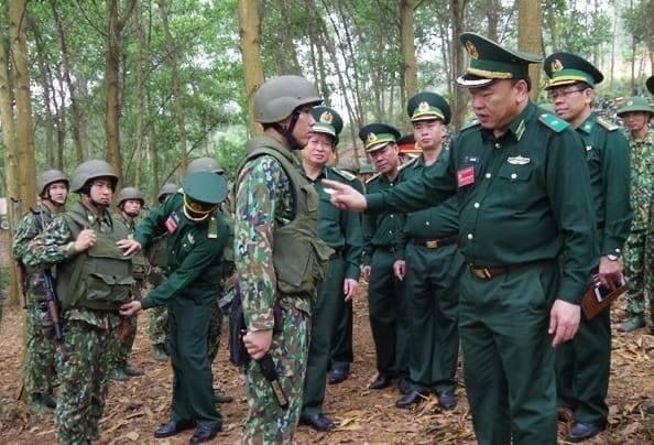 Dac nhiem Bien phong Viet Nam trang bi giap, mu chong dan hien dai-Hinh-2