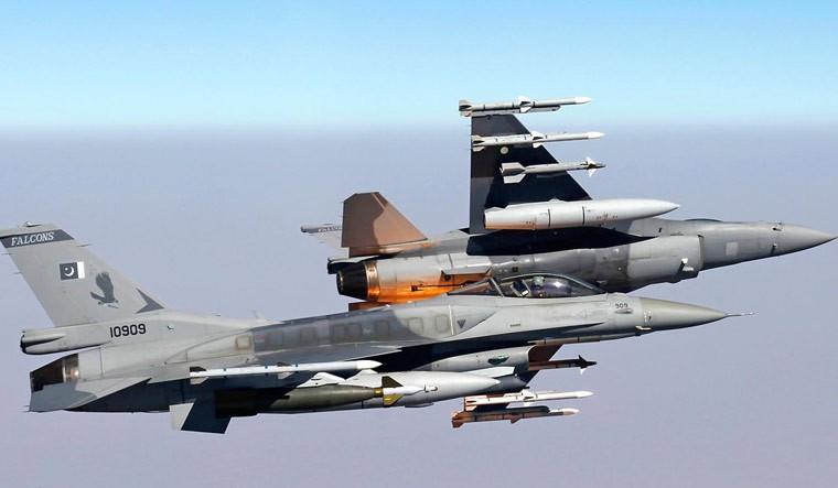 """Tai sao Pakistan lai khong chon """"quoc bao"""" J-10C tu dong minh-Hinh-15"""