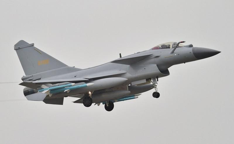 """Tai sao Pakistan lai khong chon """"quoc bao"""" J-10C tu dong minh-Hinh-6"""