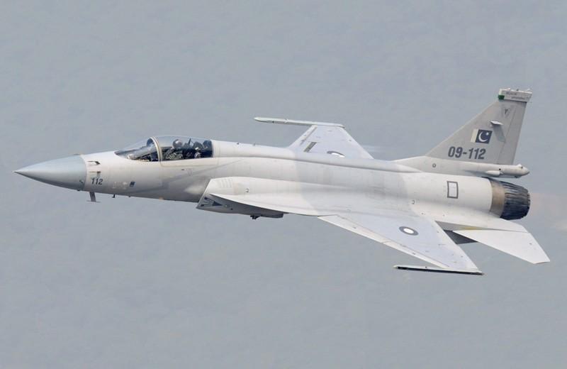 "Tai sao Pakistan lai khong chon ""quoc bao"" J-10C tu dong minh"