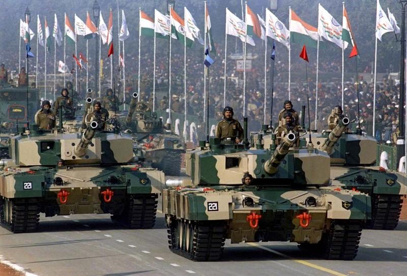 Tai sao An Do che tiem kich Su-57 va ghet bo xe tang T-90MS?-Hinh-15
