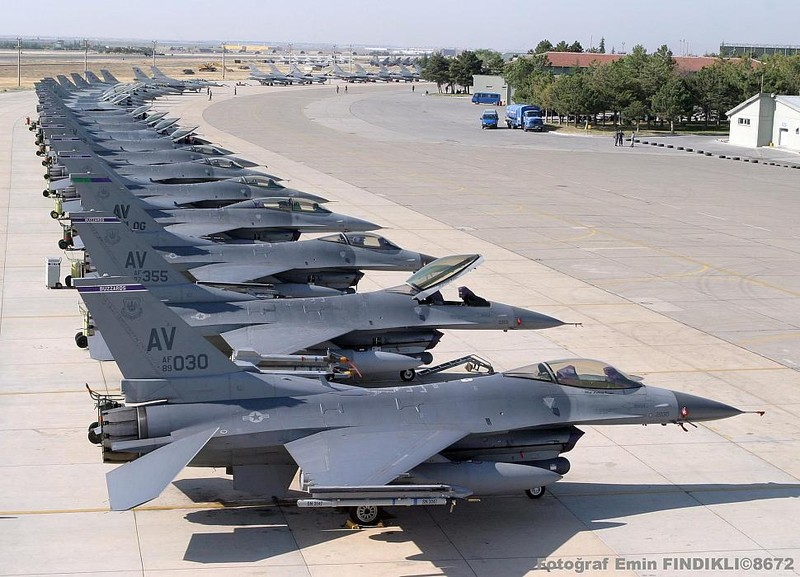 Soc: Tiem kich F-35 co the bi ngung che tao nhu F-22 truoc day