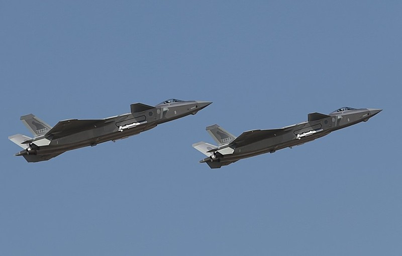 Trung Quoc tim cach nang cap J-20 de doi dau Rafale cua An Do-Hinh-12