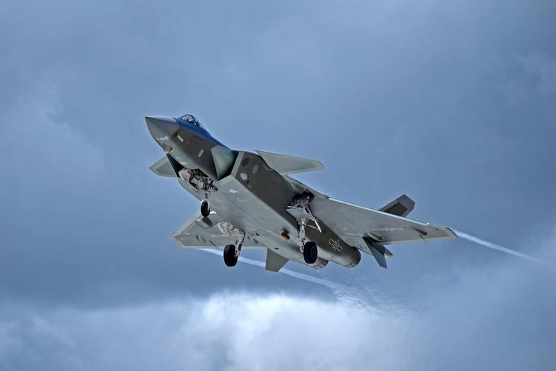 Trung Quoc tim cach nang cap J-20 de doi dau Rafale cua An Do-Hinh-14