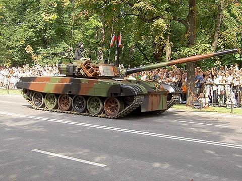 Ba Lan co loai xe tang nao cua du suc doi dau duoc voi Nga? (P1)