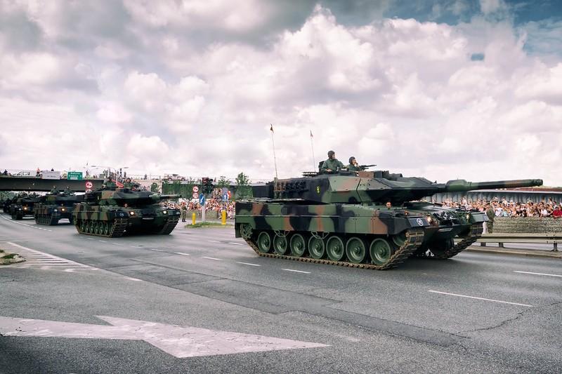 Ba Lan co loai xe tang nao du suc doi dau duoc voi Nga? (P2)-Hinh-9