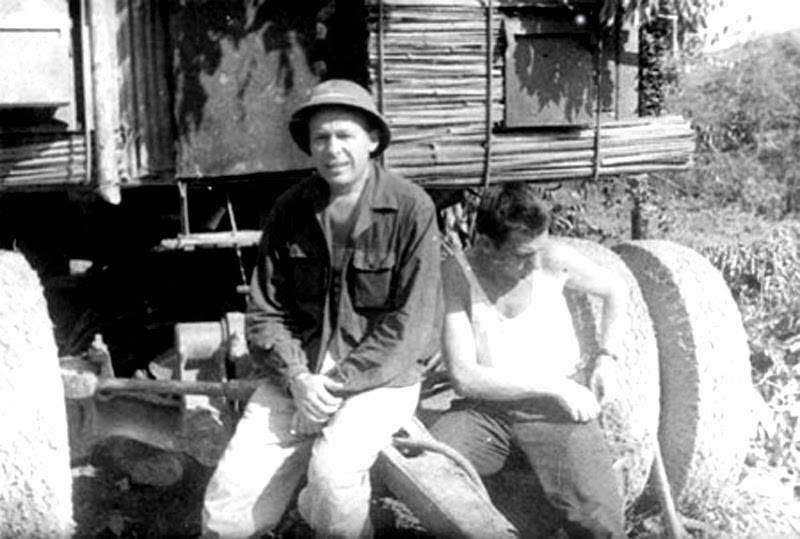 Bao Nga nhac lai chien tich Viet Nam ban ha may bay John McCain-Hinh-25