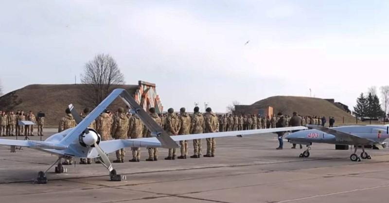 """UAV TB2, vu khi xuat khau """"dat nhu tom tuoi"""" cua Tho Nhi Ky-Hinh-13"""