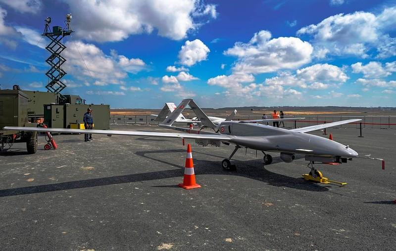 """UAV TB2, vu khi xuat khau """"dat nhu tom tuoi"""" cua Tho Nhi Ky-Hinh-17"""