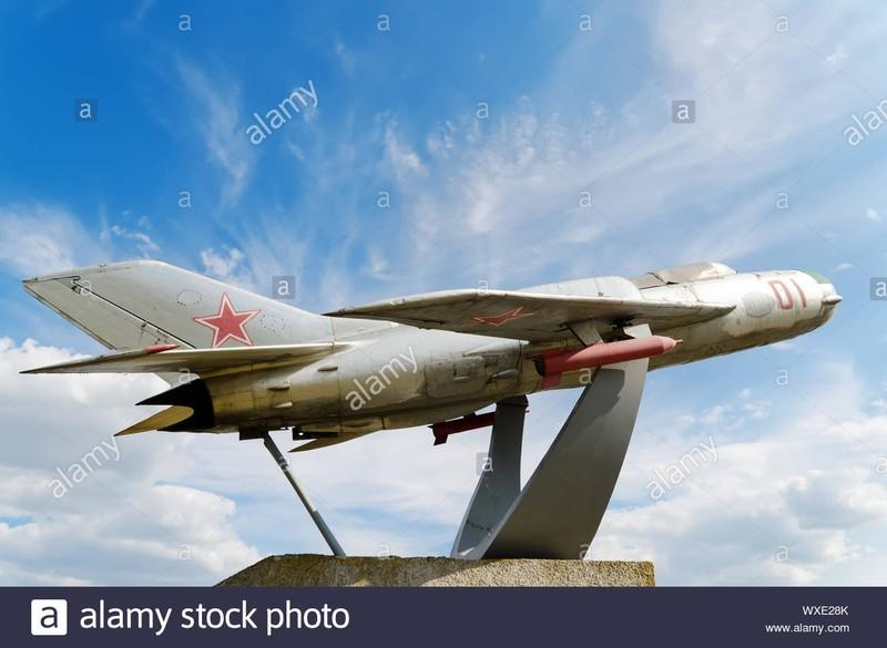 Tai sao Lien Xo khong vien tro truc tiep MiG-19 cho Viet Nam?-Hinh-13