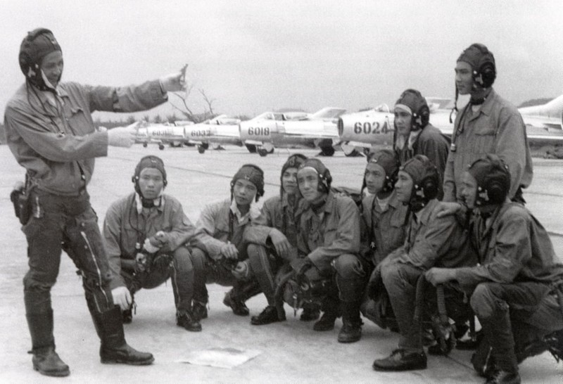 Tai sao Lien Xo khong vien tro truc tiep MiG-19 cho Viet Nam?-Hinh-18