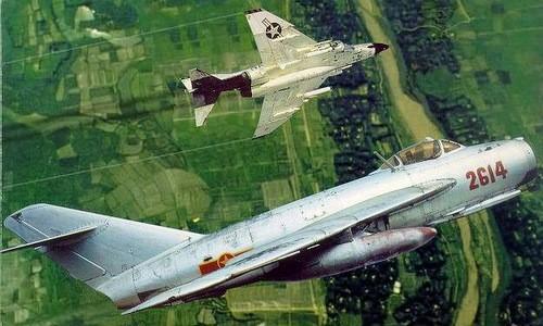 Tai sao Lien Xo khong vien tro truc tiep MiG-19 cho Viet Nam?-Hinh-19