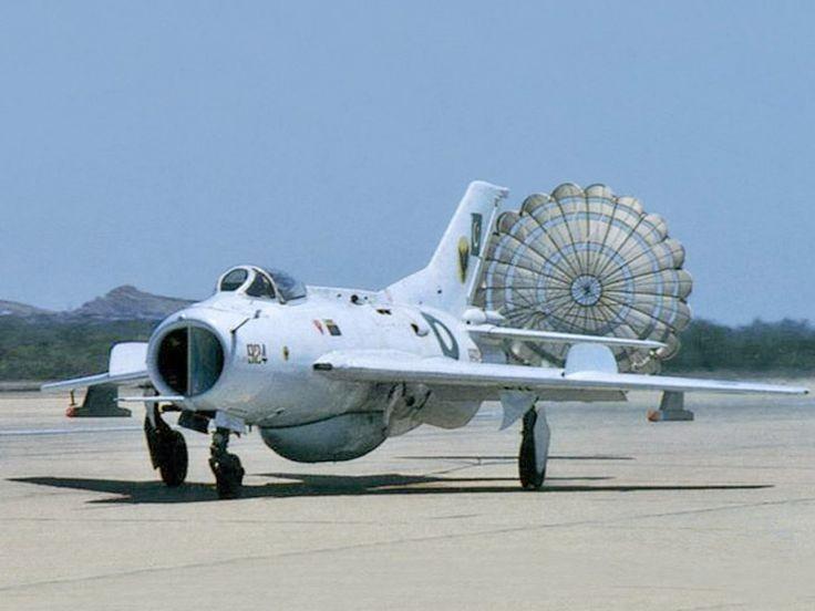 Tai sao Lien Xo khong vien tro truc tiep MiG-19 cho Viet Nam?-Hinh-7