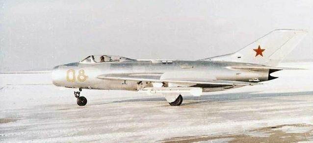 Tai sao Lien Xo khong vien tro truc tiep MiG-19 cho Viet Nam?