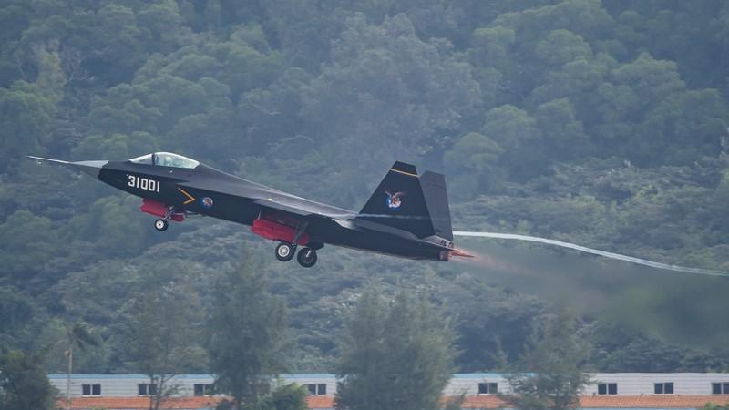 Gia ban Su-75 qua re, vay FC-31 cua Trung Quoc ban duoc cho ai?-Hinh-5
